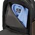 Vikkendező hátizsák, egy cipzárazható ruhás rekesszel.