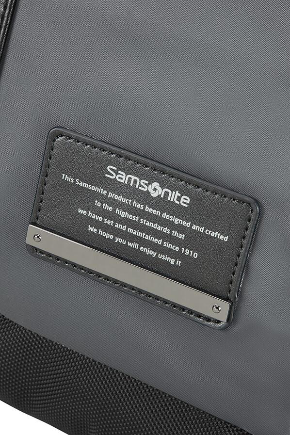 Openroad Gurulós laptop táska 16.4